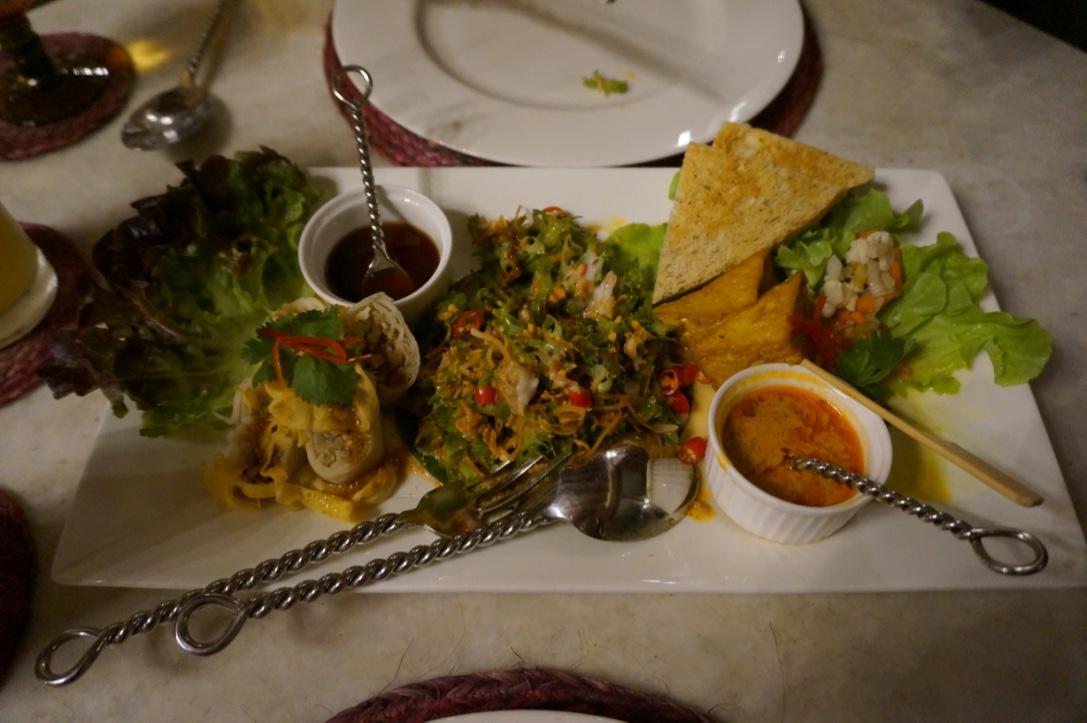 na aroon vegetarian restaurant bangkok